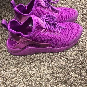 bada7e4513eac Nike Shoes - NIKE Women s air ultra breathe huarache